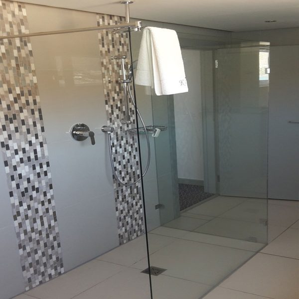 2 Panel Walk In Shower With Stabiliser Arm
