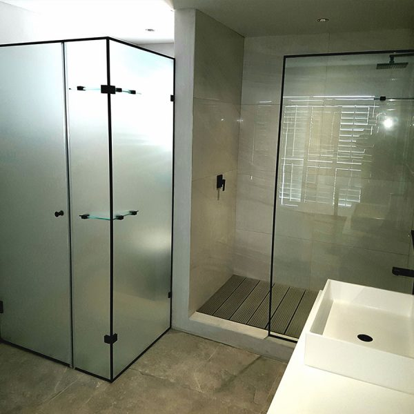 Black Framed Toilet Enclosure