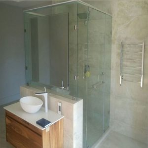 Dual Entry Shower