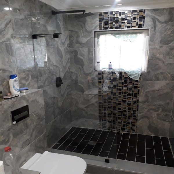Walk In Shower Screen with Black Hardware